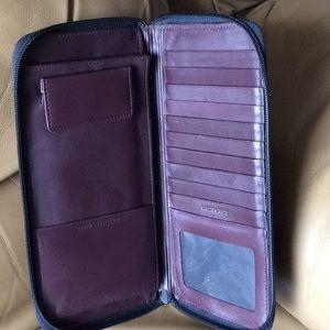 Dopp Brown Leather Passport Travel Wallet